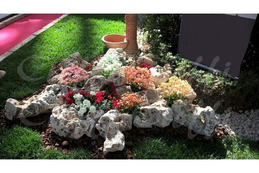 Rocce da giardino anticate della murgia michele cioffi - Rocce per giardino ...