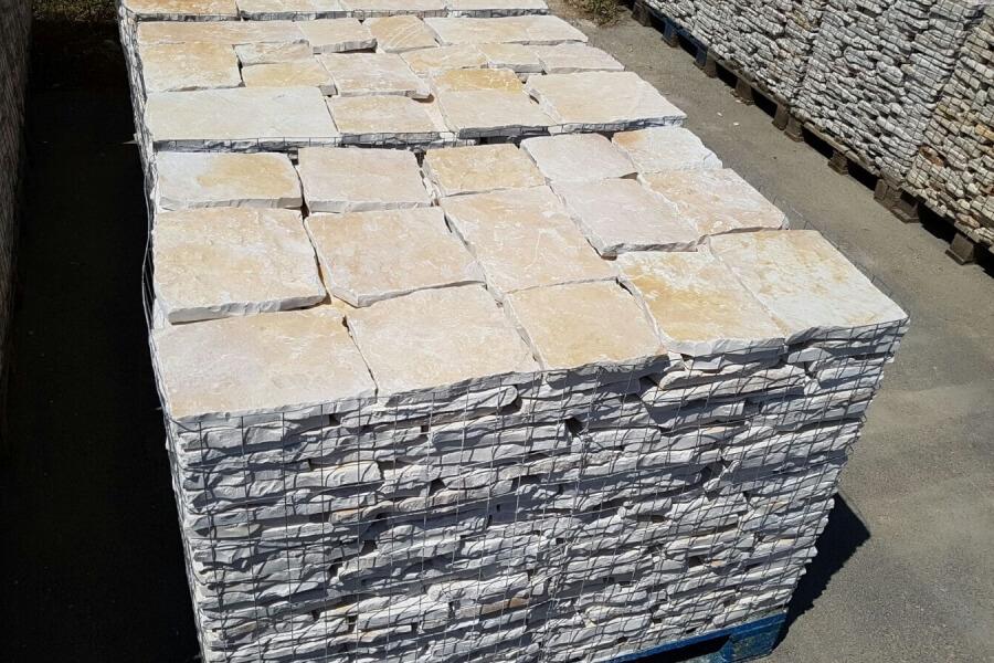 Pietre di trani   offerte per pavimenti, rivestimenti in pietra ...