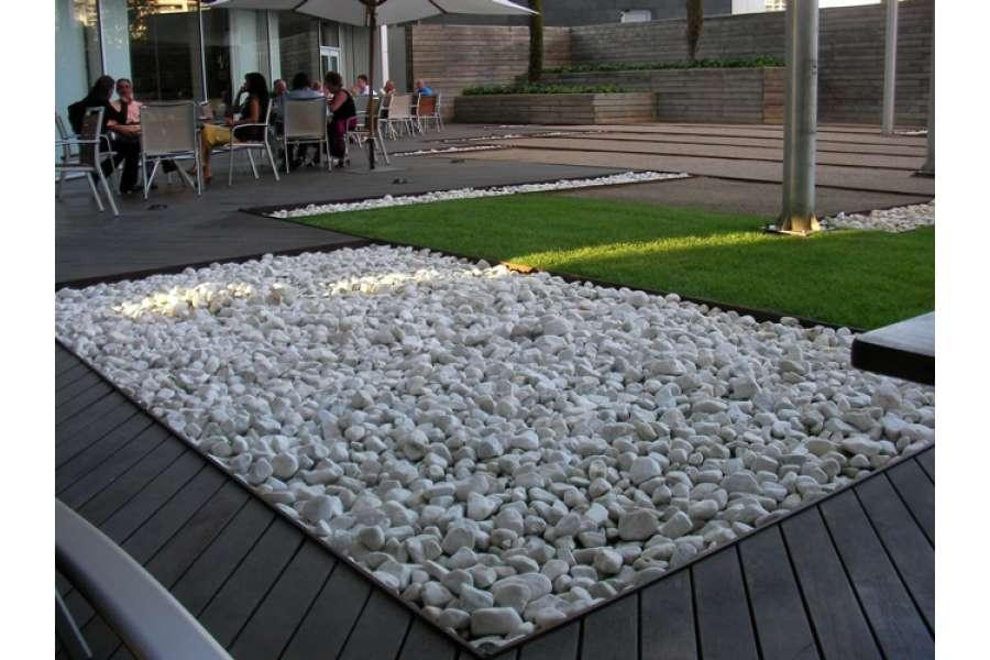 Ciottoli bianco carrara buste da kg 25 michele cioffi figli s n c le pietre di trani - Ciottoli bianchi da giardino ...