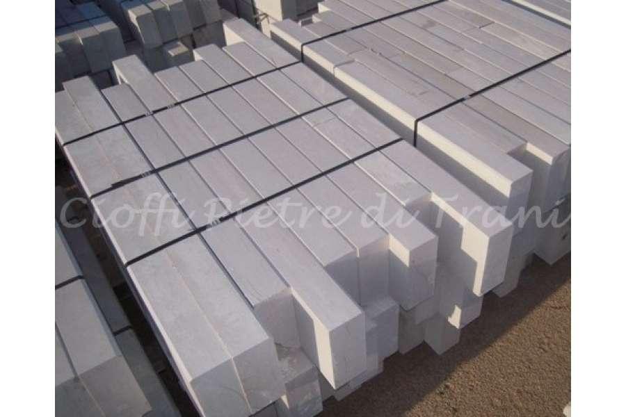 Cordoli cigli in pietra marmo di trani michele cioffi for Negozio con costi di alloggio
