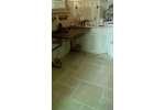 Marmette anticate in Biancone di Trani sp. cm. 1,5