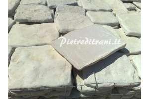 Piastrelle in Pietra di Trani Anticata Restrosegata sp. cm. 1-3