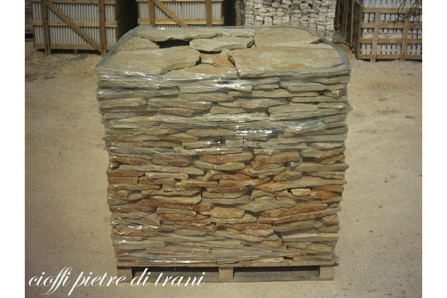 Pietra Verde Rivestimento : Scorza in pietra di trani da rivestimento e pavimento