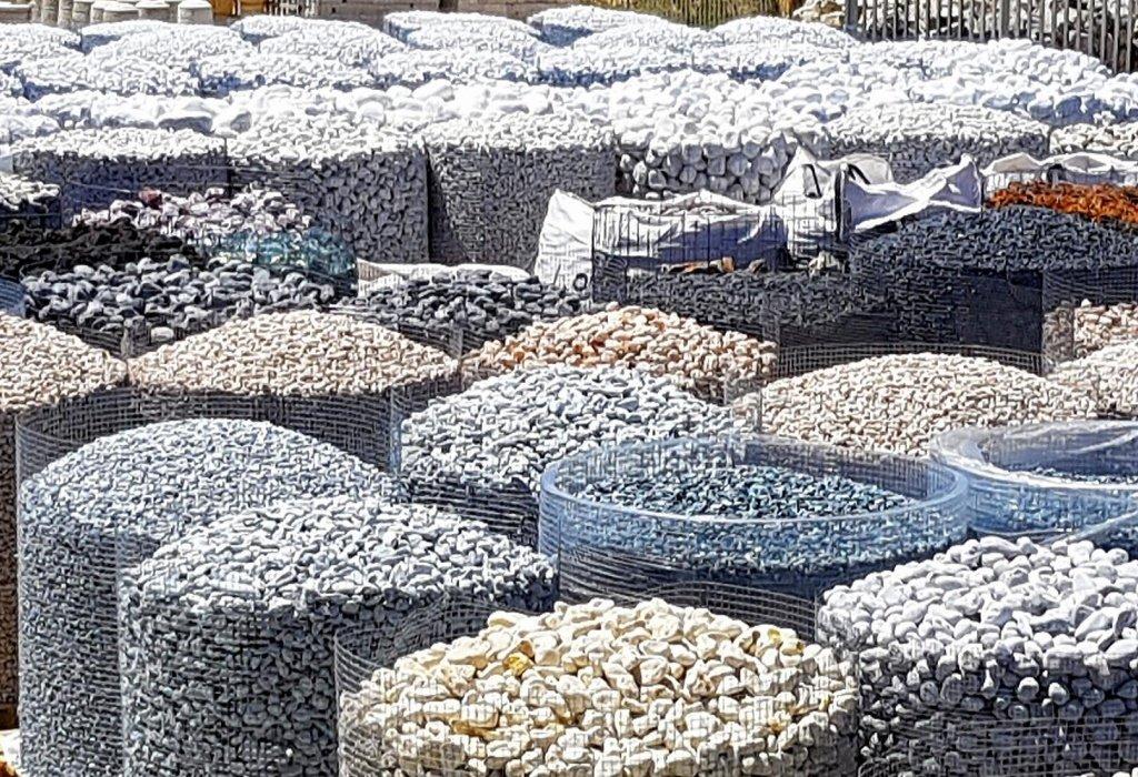Pietre Da Giardino Per Aiuole : Aiuole con pietre da giardino: idee e consigli di stile per un
